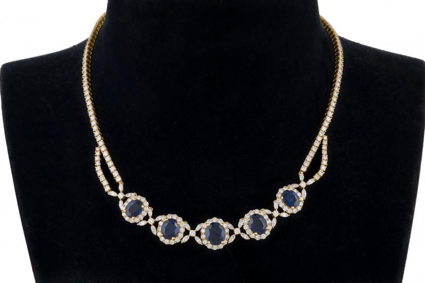 Collar de zafiros azules Siam y diamantes